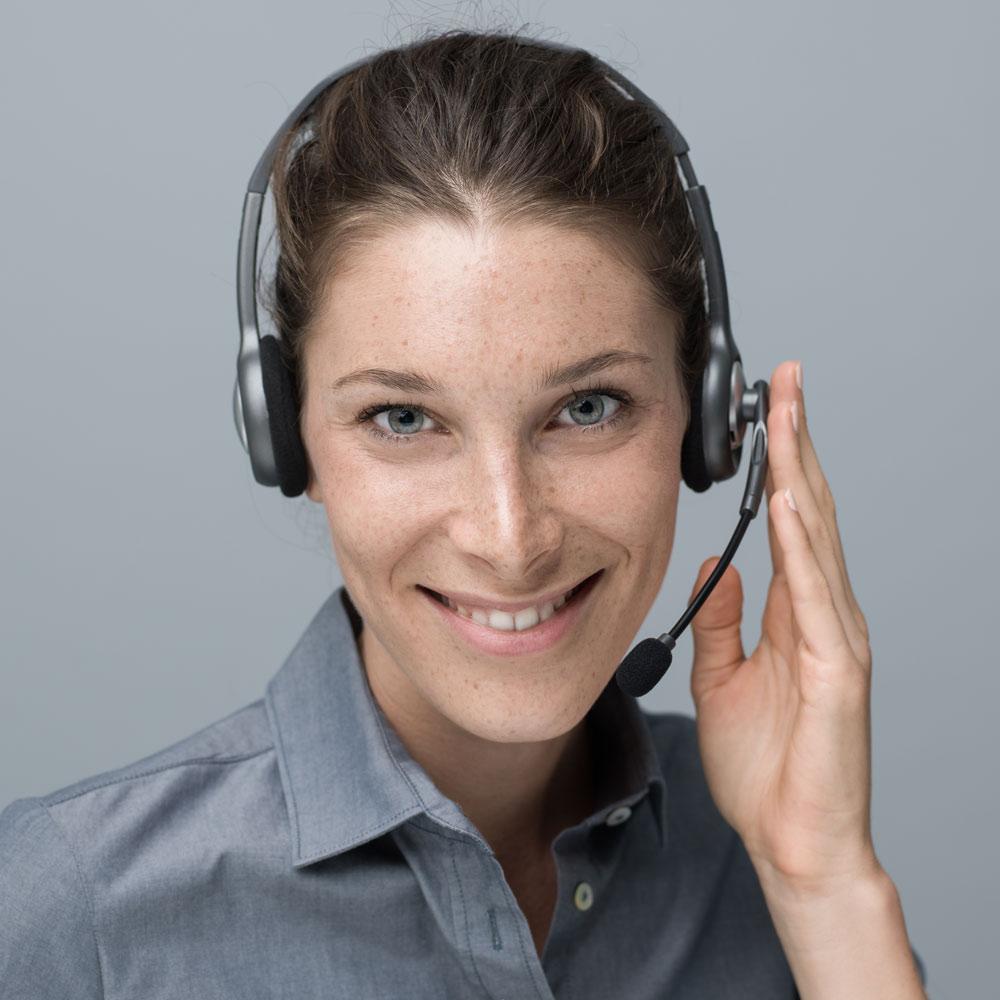 call center and customer support operator PKG2E23
